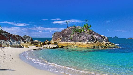 East Bedarra Island Retareat